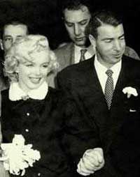 Jan. 14, 1954, Marilyn Monroe becomes Mrs. Joe DiMaggio.