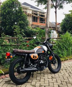 beeddd 📌 Tag Custom Motorcycle Shop, Custom Motorcycles, Cars And Motorcycles, Kawasaki Motorcycles, Background Images Hd, Scrambler Motorcycle, Street Tracker, Bike Stuff, Cafe Racers