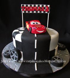 I made the lightning mcqueen out of fondant for the first time, lots of fun to make him, added some edible images some handcut details, I stressed for weeks about it but turned out ok in the end! Lightning Mcqueen Party, Lightening Mcqueen Birthday Cake, Car Themed Parties, Cars Birthday Parties, Birthday Fun, Gateau Flash Mcqueen, Lighting Mcqueen Cake, Disney Cars Cake, Jake Cake