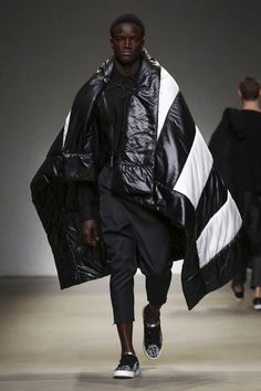 Yoshio Kubo / Moto Guo / Consistence Fashion Show Menswear Collection Fall Winter 2017 in Milan