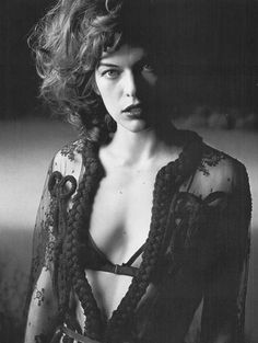 Milla Jovovich photographed by Peter Lindbergh for Vogue Italia, October 2005