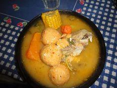 Sopa de Gallina con albóndigas Queso y vegetales pará un buen almuerzo nicaragüense