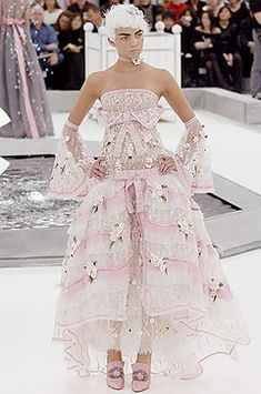 Chanel Spring 2005 Couture Fashion Show - Heather Marks