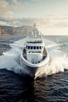 #Heesen #Yachts