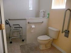 handicap accessible shower dimensions | ... Holiday Villa » The Villa » wheel_chair_accessible_shower_room.jpg
