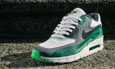 Nike Air Max 90 Barefoot 'Pine Green'