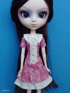 Dress for Pullip doll por Kosucas en Etsy.