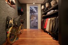 Brooks - London - Store Opens in London