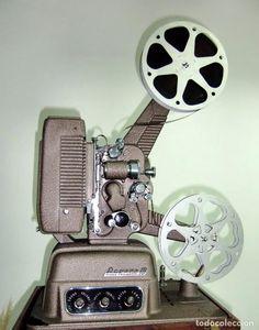 Antigüedades: Proyector sonoro de 16mm. Revere (USA) funcionando perfectamente. Sonido espectacular !! - Foto 2 - 76123827