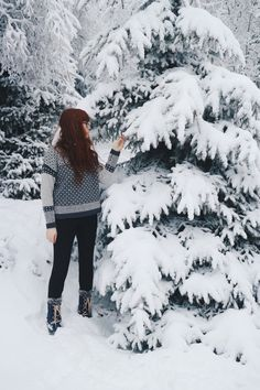 Winter Wonderland - Oslo, Norway in the snow | Toast jumper | Field and Nest