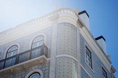 Outer tiles Taj Mahal, Tiles, Louvre, Building, Travel, Urban Landscape, Landscapes, Room Tiles, Viajes