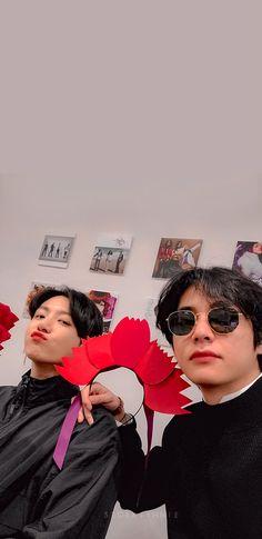 Taekook, Foto Bts, Bts Taehyung, Bts Bangtan Boy, Les Aliens, Vkook Memes, V Bts Wallpaper, Bts Maknae Line, Bts Aesthetic Pictures
