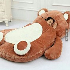 TEDDY BEAR BED ❤ I'd NEVER get up!!!! #Design @9gag http://9gag.com/gag/aVXNv2d?ref=android #beds #sleep #teddybearbed #beds #teddybears #homestyle #bedrooms #WANTONE