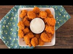Dorito-crusted Popcorn Chicken Bites are the perfect finger food for Doritos lovers, and you only need 3 ingredients and 20 minutes to make them for a party. Dinner Recipes For Kids, Healthy Dinner Recipes, Appetizer Recipes, Kids Meals, Cooking Recipes, Appetizers, Dinner Ideas, Snack Recipes, Tapas
