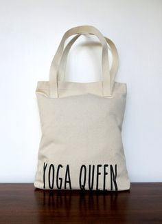 Yoga Queen canvas tote American Apparel customized by MONOFACES, €17.00