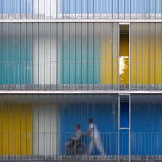 http://www.baunetzwissen.de/standardartikel/Fassade_Glas-Transparentes-und-transluzentes-Glas_154467.html