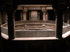 Adalaj Vav is a five-storied step-well.Adalaj Vav is a five-storied step-well located in a small sleepy village named Adalaj, about 15 km from Gandhinagar city. Adalaj Vav was built in 1499.Adalaj Vav is a classic example of Indo-Islamic style of architecture. It consists of three sandstone-built entrances, which consist of octagonal landings with huge carved colonnades and intricately carved niches.