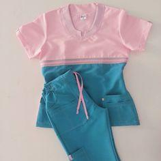 Un uniforme perfecto para quien quiere dar lo mejor de si misma en su trabajo… Cute Scrubs Uniform, Cute Nursing Scrubs, Uniform Clothes, Scrubs Outfit, Nursing Clothes, Pediatric Scrubs, Dental Scrubs, Medical Scrubs, Landau Scrubs