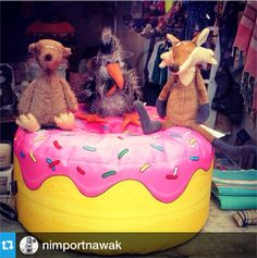 We have heard that the #sigikid Beasts look great in our retailers' windows...and here is a perfect example: #shopwindow at Nimportnawak. #sigikidPhotoOfTheWeek #sigikidbeasts #sigikidanimals #designerplushtoys