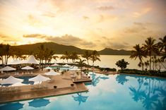 Hayman Island's - Just off Australia's Queensland coast in the Great Barrier Reef-fringed Whitsundays chain, Hayman Island's resort combines the best of luxury digs and pristine nature.