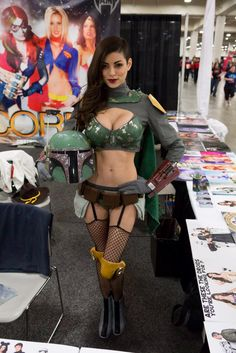 ★ #CosplayStyle: TOO▶ SLC Comic Con 2014 Vamptress LeeAnna Vamp - Lady Fett