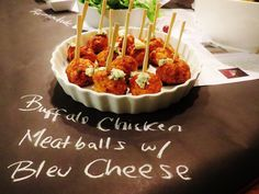 Adult Gastro Pub Birthday Party with Craft beer + Buffalo Chicken Meatball recipe - Sweet Savant Chicken Meatball Recipes, Buffalo Chicken Meatballs, Chicken Wing Recipes, Yummy Snacks, Yummy Drinks, Sweet And Sour Meatballs, Gastro Pubs, Pub Food, Appetizer Recipes