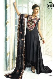 Gorgeous me dress !! #traditional #indian #beauty #love #fashion #new #mecouture #couture #bold #black #look #embroidery #diva