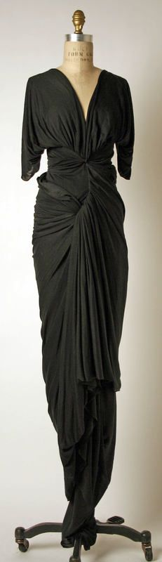 Another magnificent Madame Grès Evening Dress - c. 1952 - by Madame Grès (Alix Barton) (French, - Silk. I think Ceil Chapman was a worthy successor. Chapman even patented her draping method (see earlier pin). Madame Gres, Vestidos Vintage, Vintage Dresses, Vintage Outfits, Vintage Clothing, 1930s Fashion, Timeless Fashion, Vintage Fashion, Silk Dress