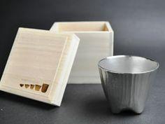 京都の錫器作家が作った錫の酒器