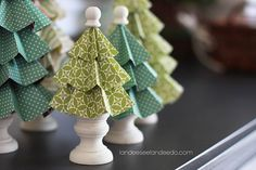 Paper trees tutorial - 25 Handmade Christmas Ideas over at the36thavenue.com