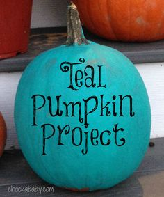 teal pumpkin project. // Love this post on food allergy awareness and Halloween. Appreciate her take!