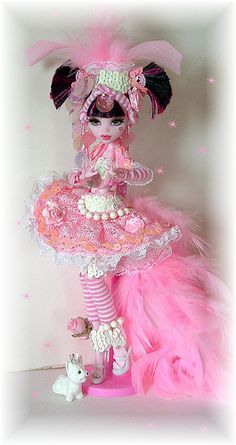 monster high doll, draculaura. maggie would LOVE this for bday