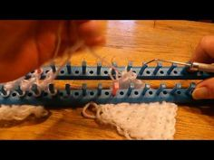 Stockinette stitch dichtmaken matrassteek. Zonder naad. Dubbel breien - YouTube Hoe maak je twee panden naadloos aan elkaar met een steek die dicht in de buurt komt van de matrassteek.