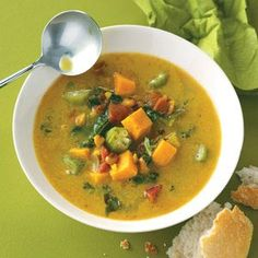 Caribbean Potato Soup Recipe- Recipes An interesting blend of veggies including okra, kale and black-eyed peas go into this bright and hearty soup. No kale on hand? Use spinach instead. Soup Recipes, Vegetarian Recipes, Cooking Recipes, Healthy Recipes, Vegan Soups, Freezable Recipes, Vegetarian Barbecue, Barbecue Recipes, Vegetarian Cooking