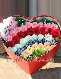 62 ideas for birthday flowers bouquet beautiful roses valentines Valentine Flower Arrangements, Valentines Flowers, Beautiful Flower Arrangements, Floral Arrangements, Flower Box Gift, Flower Boxes, Rosen Box, Send Flowers Online, Online Florist