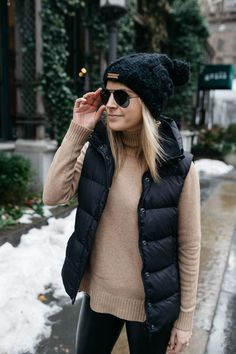 Awesome 44 Awesome Fall Outfits Ideas To Update Your Wardrobe.tilep… Awesome 44 Awesome Fall Outfits Ideas To Update Your Wardrobe. Vest Outfits For Women, Winter Outfits For Teen Girls, Winter Fashion Outfits, Mode Outfits, Fall Winter Outfits, Autumn Winter Fashion, Clothes For Women, Autumn Casual, Clothes Sale