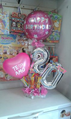 Balloon Basket, Balloon Box, Balloon Gift, Balloon Bouquet, Birthday Bouquet, Birthday Box, Birthday Presents, Balloon Arrangements, Balloon Decorations Party