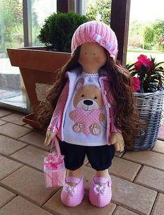 Bábika Emka Sewing Dolls, Handmade Dolls, Emo, Harajuku, Crochet Hats, Decorations, Animals, Style, Knitting Hats