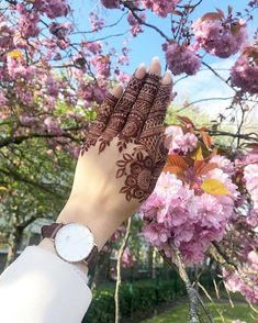 Top Easy, Simple and Latest Henna Arabic Mehndi Designs - Sensod - Create.