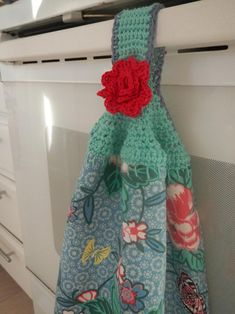Brilliant Picture of Crochet Towel Topper Pattern Crochet Towel Topper Pattern Apple Blossom Dreams Towel Topper Pattern Published Crochet Towel Holders, Crochet Dish Towels, Crochet Towel Topper, Crochet Kitchen Towels, Crochet Dishcloths, Crochet Fish, Crochet Home, Crochet Yarn, Crochet Stitches