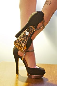 Black and leopard high heels°♥