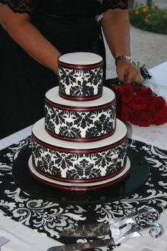 Red and Black Damask cake courtesy of Yuma Couture Cakes of Yuma, Arizona. #damask #cake #black and white wedding ashleywc