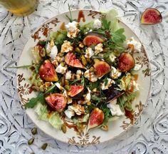 Salade met verse vijgen, geitenkaas en pistachenoten  