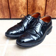 Masaya SuzukiさんはInstagramを利用しています:「昨日履いた9901 I wore Alden black shellcordovan PTB yesterday. #alden #オールデン #足もと倶楽部 #leathershoes #horween #shellcordovan #fashion #kicks…」 Shiny Shoes, Men's Shoes, Dress Shoes, Alden 990, Get Dressed, Leather Shoes, Derby, Oxford Shoes, Lace Up
