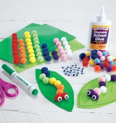 Inspiration Page Crafts & Activities: pom pom caterpillar Spring Arts And Crafts, Toddler Arts And Crafts, Preschool Arts And Crafts, Arts And Crafts For Adults, Craft Activities, Crafts For Kids, Spring Toddler Crafts, Insect Crafts, Bug Crafts