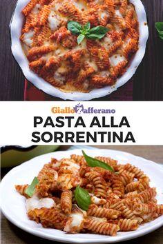 Pasta alla sorrentina: un delizioso primo piatto di pasta arricchito con corposo pomodoro, profumato basilico e mozzarella filante. Il tutto passato in forno! #pasta #sorrentina #sorrento #italian #food #italy #italia #ricetta #facile #veloce #easy #quick #recipe #giallozafferano [Easy italian baked pasta with tomato sauce, basil and mozzarella cheese recipe] Veggie Recipes, Pasta Recipes, Fresco, Pasta Bake, Mozzarella, Main Dishes, Easy Meals, Veggies, Food And Drink