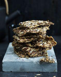 Crackers, Bread Recipes, Tapas, Candy, Chocolate, Desserts, Vegans, Postres, Dessert
