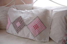 Pillowcase Pillowcover Vintage bedding Girls bedding Twin