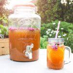 Meruňková limonáda s rozmarýnem Mason Jars, Cooking, Tableware, Food, Lemon, Kitchen, Dinnerware, Tablewares, Essen