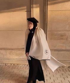 Hijabi Girl, Girl Hijab, Hijab Outfit, Girl Trends, Hijab Fashion Inspiration, Muslim Images, Beautiful Hijab, Muslim Fashion, Muslim Hijab